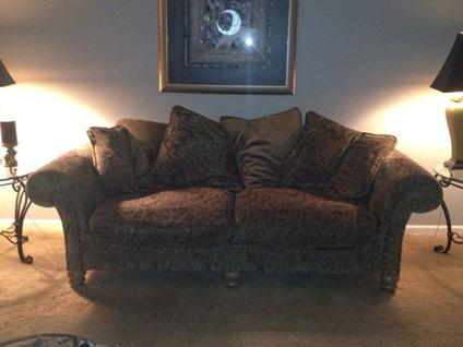 Bernhardt sofa and loveseat for sale in indianapolis for Bernhardt furniture for sale