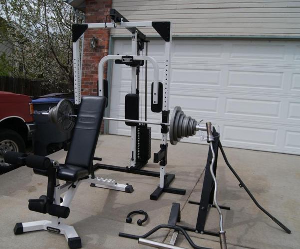 PRICE DROP Tuff Stuff 200lb Stack Bench Bars 400 lbs Olympic