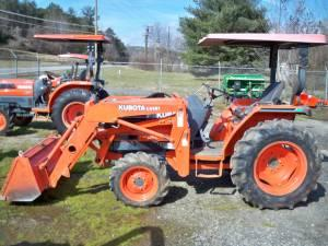 30hp Kubota 4wd Tractor W Loader Wilkes For Sale In