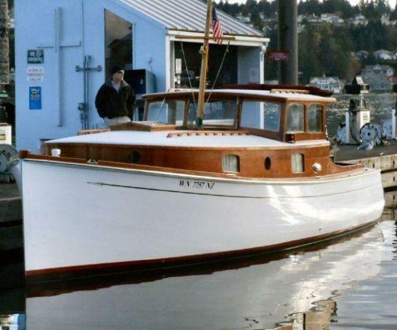 31 39 Merrick Trunk Cabin Cruiser For Sale In Gig Harbor Washington Classified