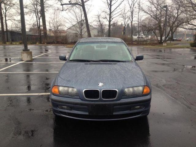 323i bmw for sale in fort wayne indiana classified. Black Bedroom Furniture Sets. Home Design Ideas