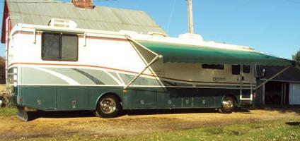 $34,900 1998 Discovery by Fleetwood 36T