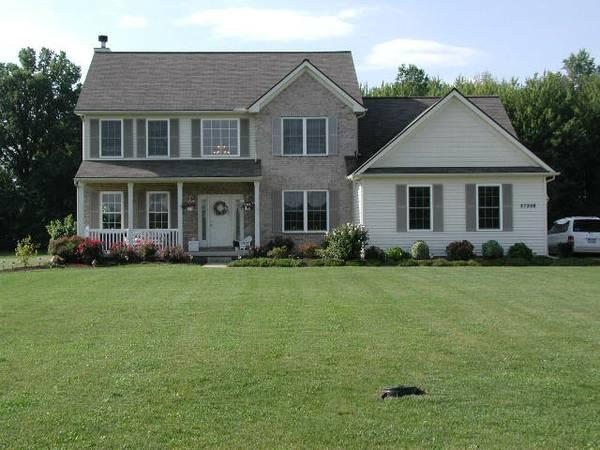 5br 3092ft 5 Bed Colonial Cape W In Law Suite 2ac