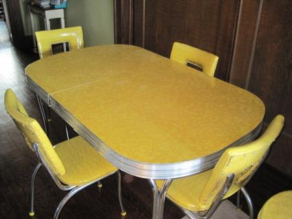 Obo 1950 S Tru Chrome Vintage Chrome Formica Yellow Dinnette Set For Sale In Indianapolis Indiana Classified Americanlisted Com