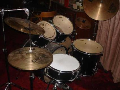 $350 REDUCED Tama Swingstar 5 Pc. Drum Set Kit w Cymbals, Basic Lesson
