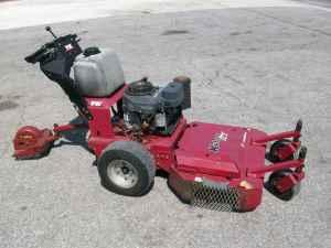 LHPpSmQIEfw furthermore Cx1vbn5p as well 18 Bobcat 32022a Heavy Duty 3 W 240 Thick 5 8 Center Mulching Toothed Lawn Mower Blade Fits Ariens Scag Lesco moreover P 4484 Exmark Turf Tracer S Series 52 Walk Mower additionally Watch. on kees commercial mowers