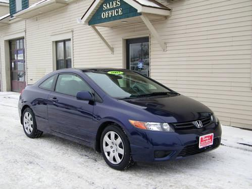 36 mpg 2007 honda civic lx 5 speed manual sporty fun car only 63k for sale in brockport. Black Bedroom Furniture Sets. Home Design Ideas