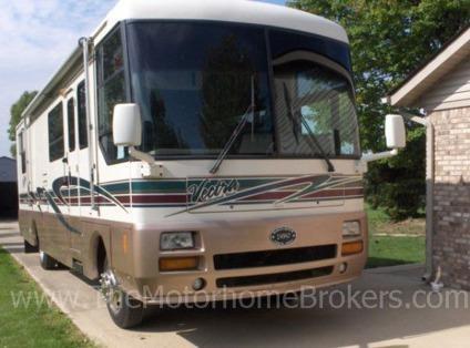 $37,500, 1997 Winnebago Vectra Grand Tour Diesel Pusher