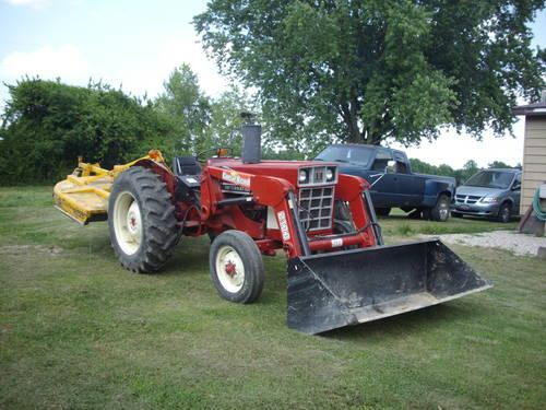 384 International Diesel Tractor for Sale in Russell ...