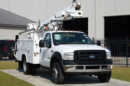 altec at235 2006 ford f450 bucket truck for sale in lubbock texas classified. Black Bedroom Furniture Sets. Home Design Ideas