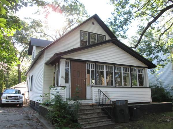 3br 1386ft mo with 10 down land contract avail for sale in grand haven michigan