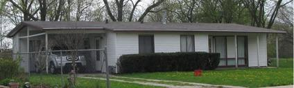 3br/1.5ba Kankakee IL 60901 $750/mo to buy