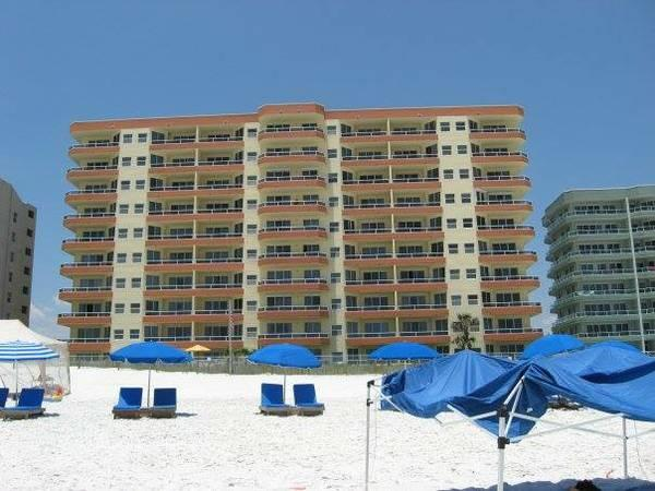 3br - Beautiful 3 Bed/ 3 Bath Condo on the Beach!