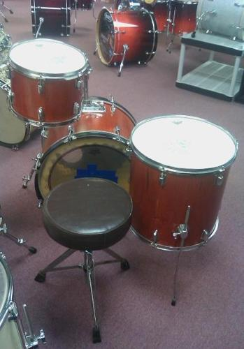 3pc Shell Pack Drums w Throne and Mounting - $175 Clarksville, IN