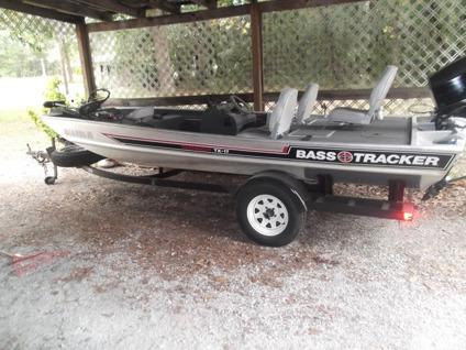 Obo 1987 17 39 bass tracker w 70 hp evinrude for sale in for Bass boats with evinrude motors