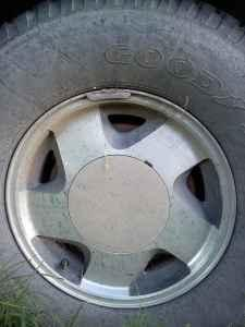 4 16 Chevy OEM aluminum wheels - $170 Las Animas