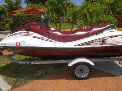 yamaha jet ski suv 4 seater for sale in miami florida classified. Black Bedroom Furniture Sets. Home Design Ideas
