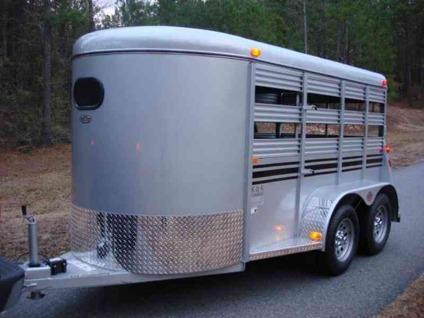 5ft X 12ft Bee Brand Mini Livestock Trailer 5 5ft Tall For