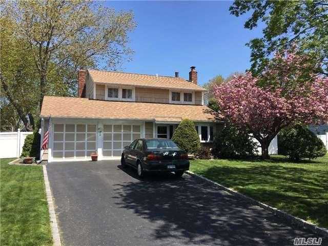 4 bed 1 bath house 3 log ct for sale in medford, new york classified americanlisted.com