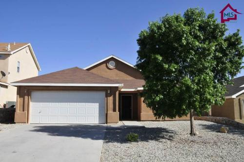 4 bed, 2.0 bath, 1753 sqft, - 4br for Sale in Las Cruces ...