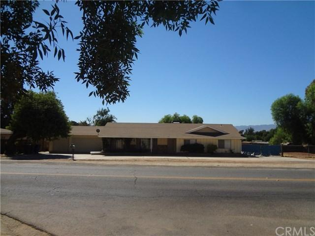 4 Bed 2 Bath House 10554 CYPRESS AVE