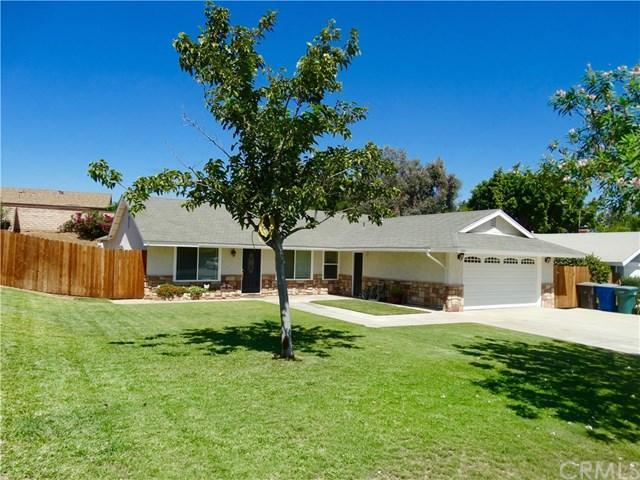4 Bed 2 Bath House 11221 DOHENY DR