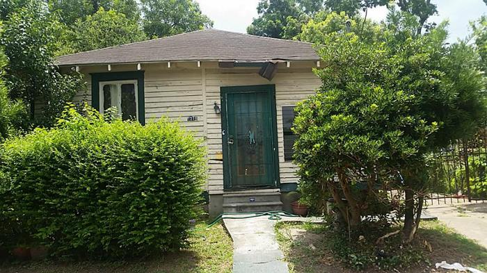 4 bed 2 bath house 1318 cage st for sale in houston, texas classified americanlisted.com