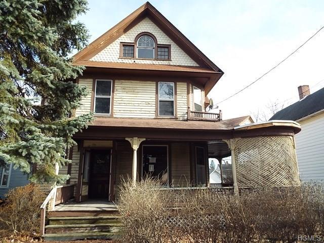 4 Bed 2 Bath House 150 COTTAGE ST