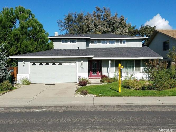 4 Bed 2 Bath House 1629 CHAPARRAL WAY
