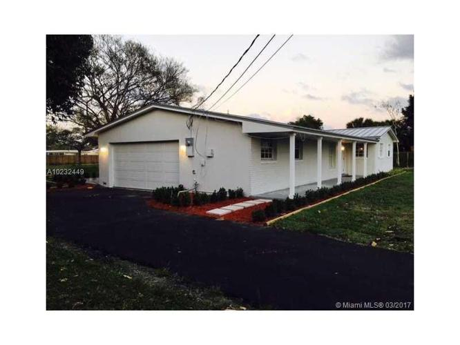 4 Bed 2 Bath House 19555 SW 312TH ST