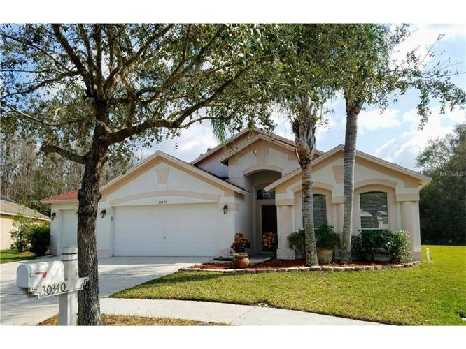 4 bed 2 bath house 30340 glenham ct for sale in wesley for Bath house florida