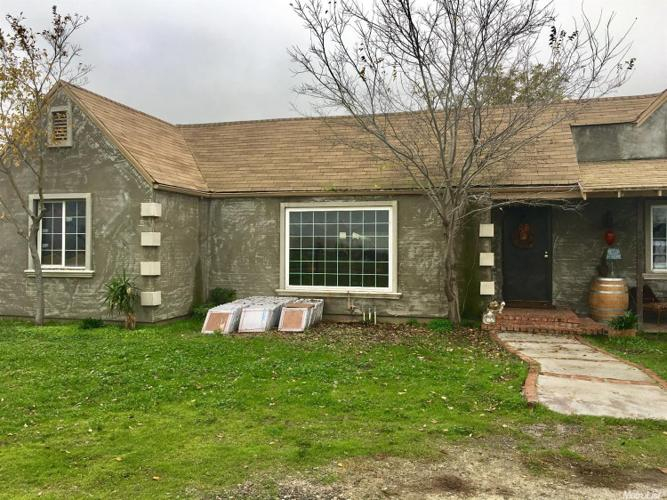 4 Bed 2 Bath House 4832 ARCH RD