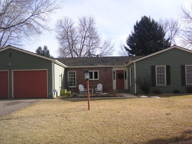 4 Bed 2 Bath House 5064 COTTONWOOD DR