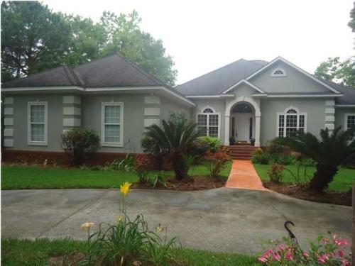 4 bed, 3.5 bath, 3639 sqft, $440,000 - 4br