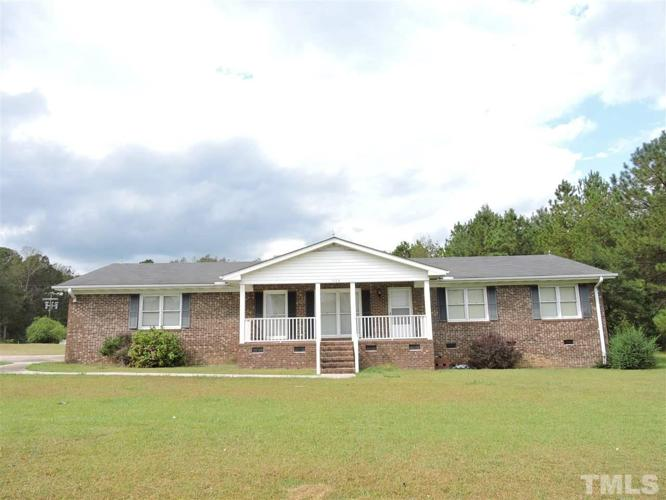 4 Bed 3 Bath House 1006 NC 210 S