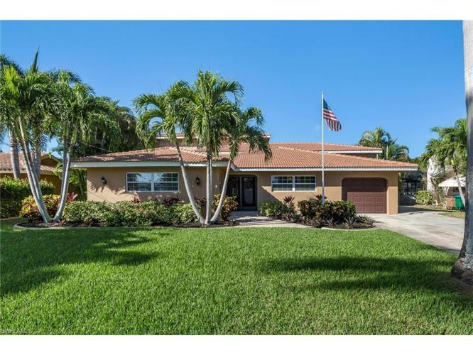 4 Bed 4 Bath House 5130 Sw 3rd Ave For Sale In Cape Coral