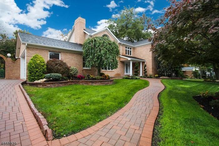 4 bed 5 bath house 65 surrey ln for sale in colonia, new jersey classified americanlisted.com