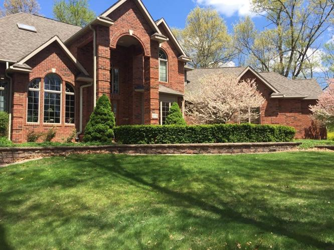 4 Bedrooms Single Family Detached For Sale In Valparaiso Indiana Classified