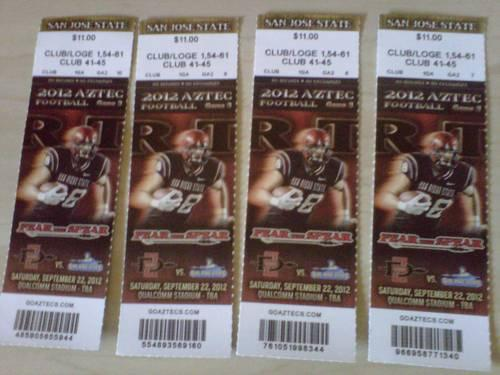 4 Football game's tickets Aztec vs Spartan, Game on