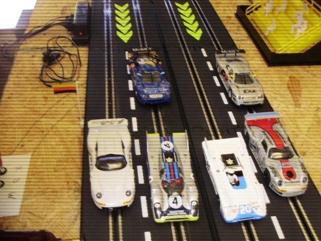 1:32 4 lane slot car track & HO train set