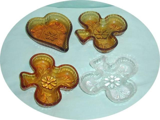 4 Small Indiana Nut /Candy Dishes