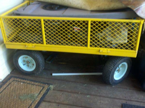 4-wheeled wagon from lowe's - $75 (floyd)