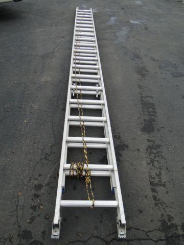 40 ft. Aluminum Extension Ladder D1340-2 Craftmaster