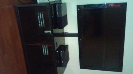 40 inch T.V and TV stand for Sale in Bellingham, Massachusetts