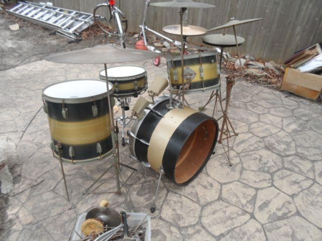 40's Ludwig WFL drum set 50's 40's Black / Gold w/