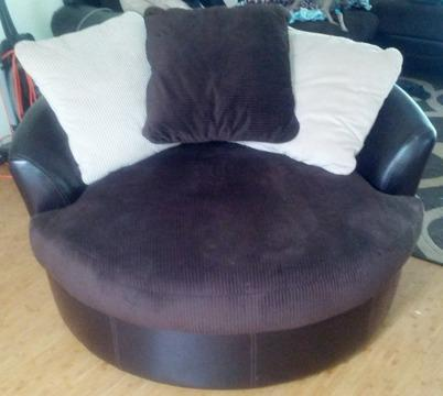Obo Ashley Furniture Oversized Swivel Chair For Sale In Kaneohe