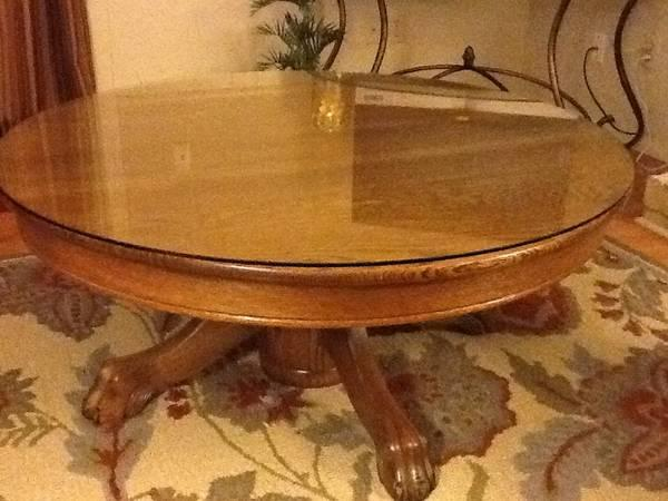 Round Oak Claw Foot Table Classifieds Across The Usa Americanlisted