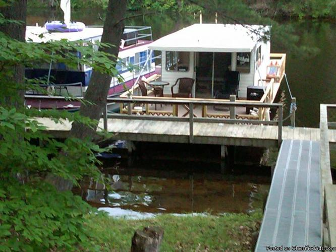 42 Ft Crest Houseboat For Sale In Ludington Michigan