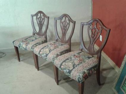 $425 Vintage Dining Chairs Shield back-circa 1940 & Vintage Dining Chairs Shield back-circa 1940 for Sale in Dacula ...