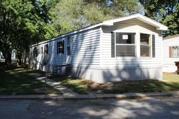 14X70 Mobile Home For Sale >> / 2br - 980ft² - Auburn Mobile Home Park - 2151 S. Wayne ...